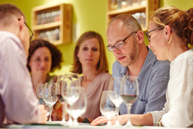 Wine seminar - wine tasting and expertise